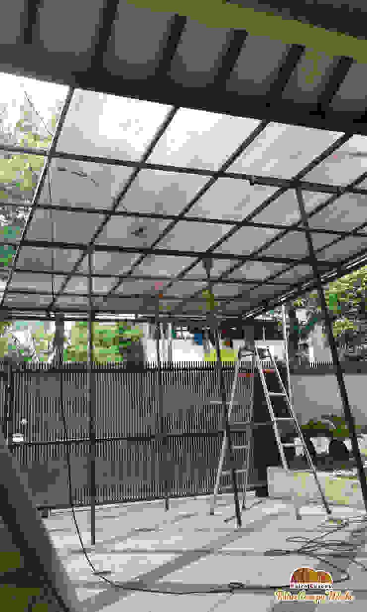 modern  by Putra Canopy, Modern Iron/Steel