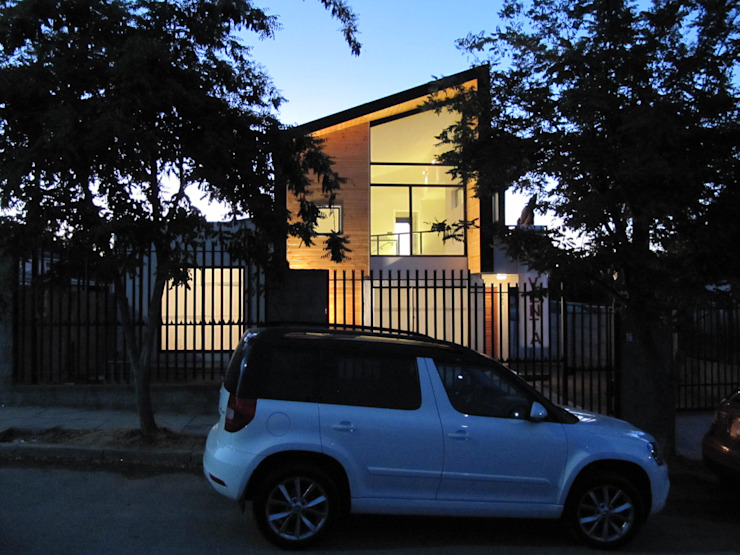 Casa Gral.Cruz de Lau Arquitectos Moderno