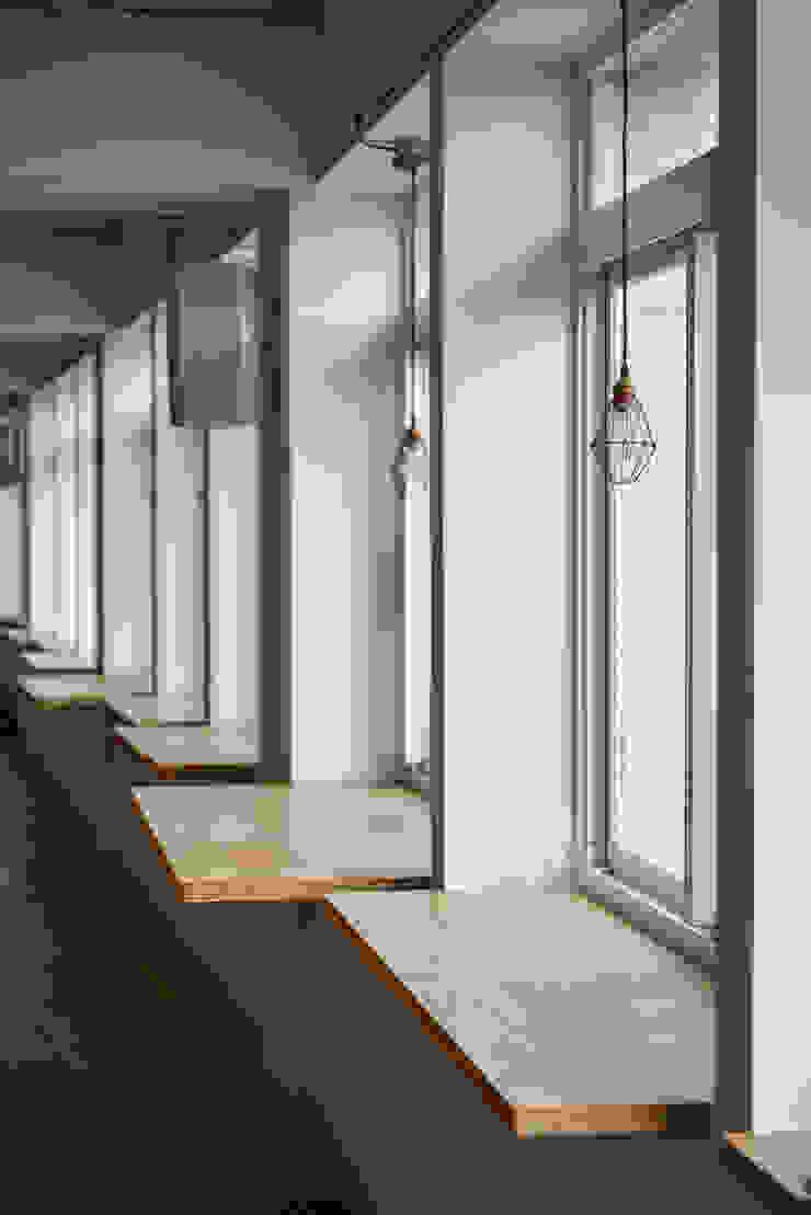 2012薛伯輝基金會 根據 王采元工作室 隨意取材風