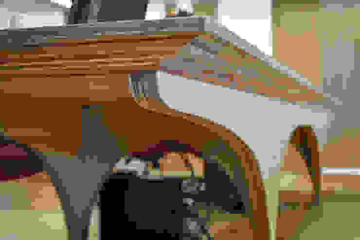 長桌細部 根據 王采元工作室 隨意取材風