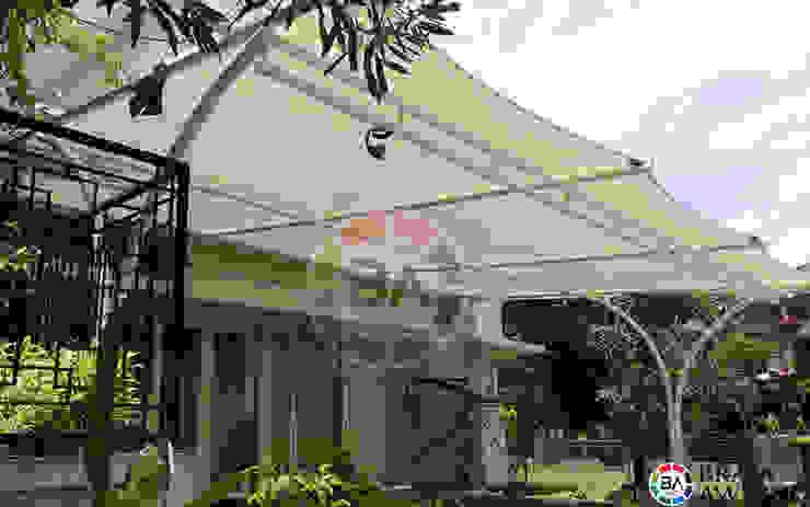Tenda Membrane Jakarta (Teras Perumahan):modern  oleh Braja Awning & Canopy, Modern Bahan Sintetis Brown