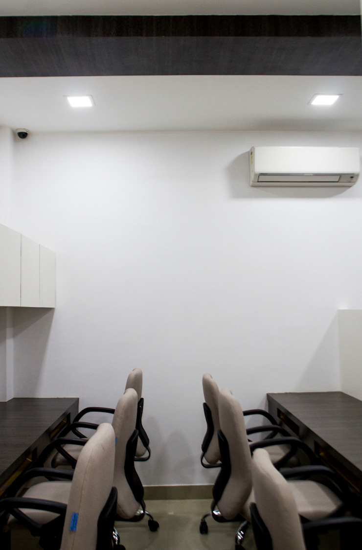 Kapurbawdi, Thane project Modern office buildings by aasha interiors Modern