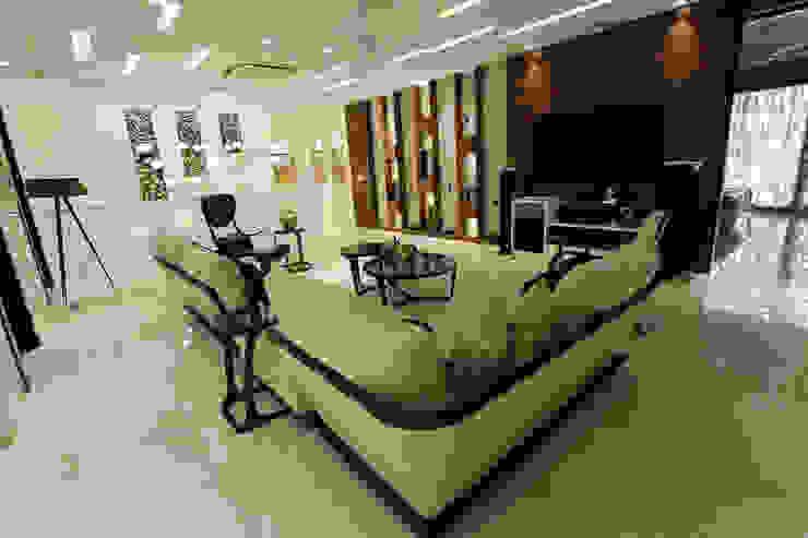 Árhat Villa Modern living room by Conarch Architects Modern