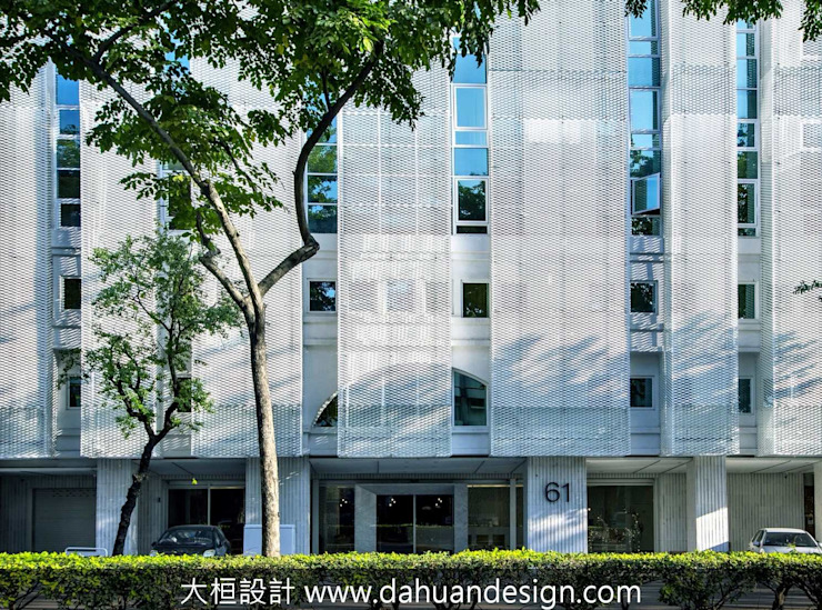 大桓建築設計 | 台中 | 卡爾登飯店 大桓設計顧問有限公司 Modern hospitals Metal White