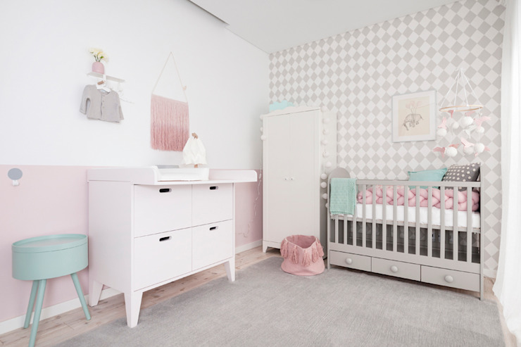 Eclectic style nursery/kids room by This Little Room Eclectic