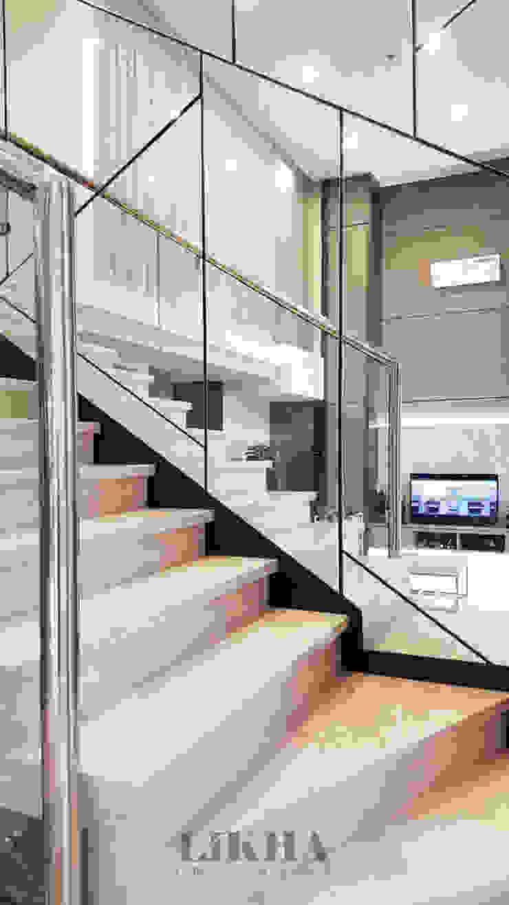 Likha Interior Stairs Glass