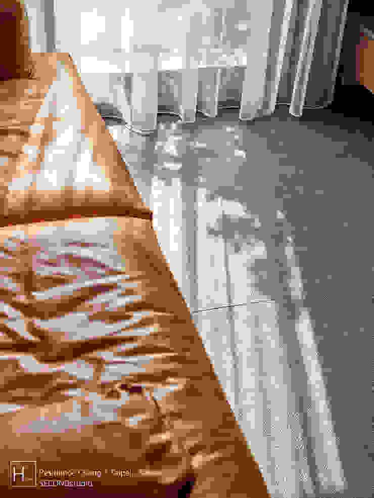 客廳 / Living room 现代客厅設計點子、靈感 & 圖片 根據 SECONDstudio 現代風 磁磚