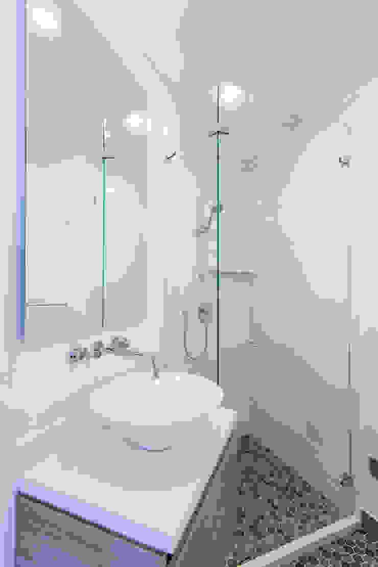 Sotileza Baños de estilo clásico de ARCE S.A.S Clásico Concreto
