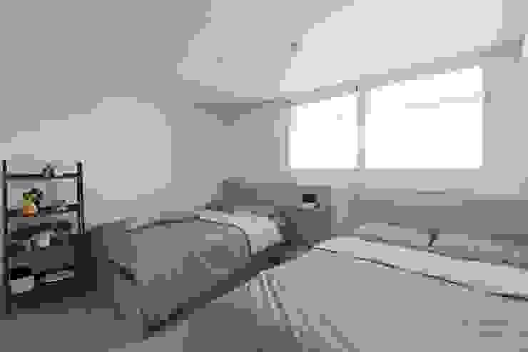 천안 신부동 청광플러스원 APT 인테리어 리모델링(33py) 모던스타일 침실 by 바나나웍스 모던