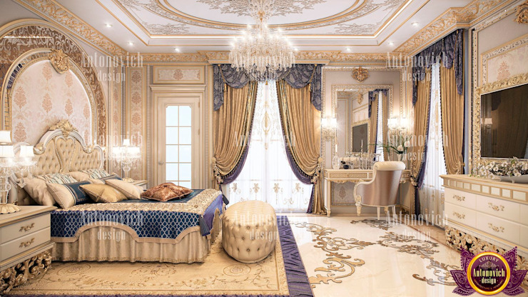 ​Beauty classics in the interior of the bedroom from Katrina Antonovich Classic style bedroom by Luxury Antonovich Design Classic