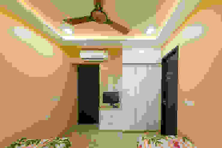 Kandivli Modern dressing room by aasha interiors Modern