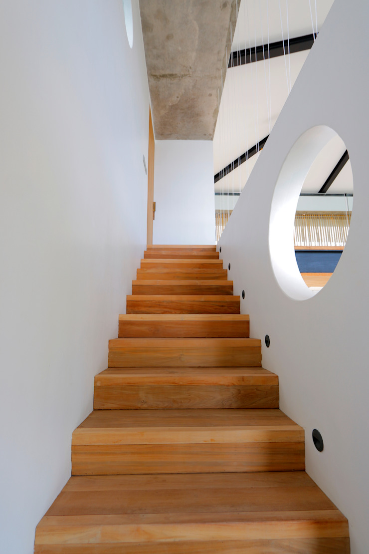 Seascape Stairs by Word of Mouth House Tropical
