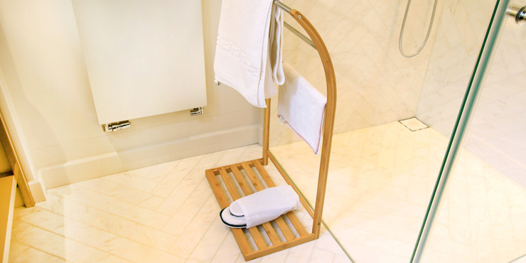 Freestanding Towel Rack Finoak LTD BathroomShelves Bamboo Wood effect
