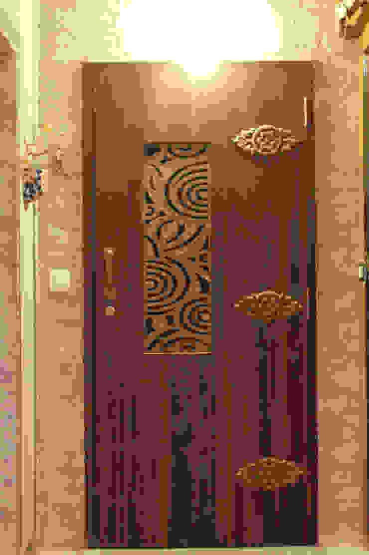 Dezinebox ประตู