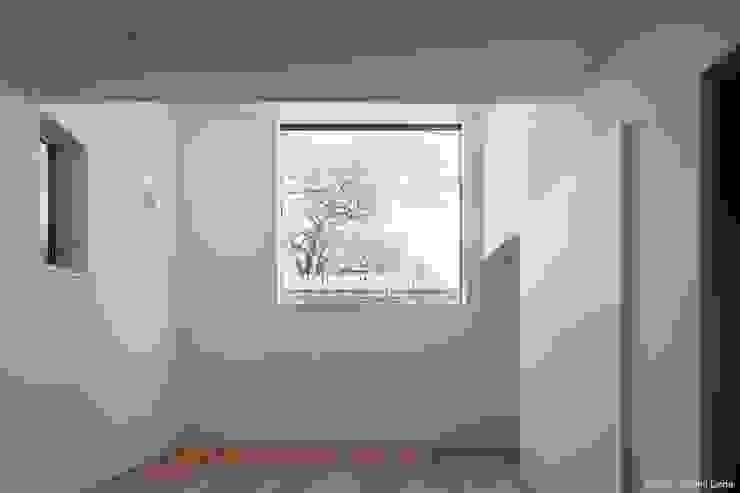 親世帯リビング ミニマルデザインの リビング の 石川淳建築設計事務所 ミニマル