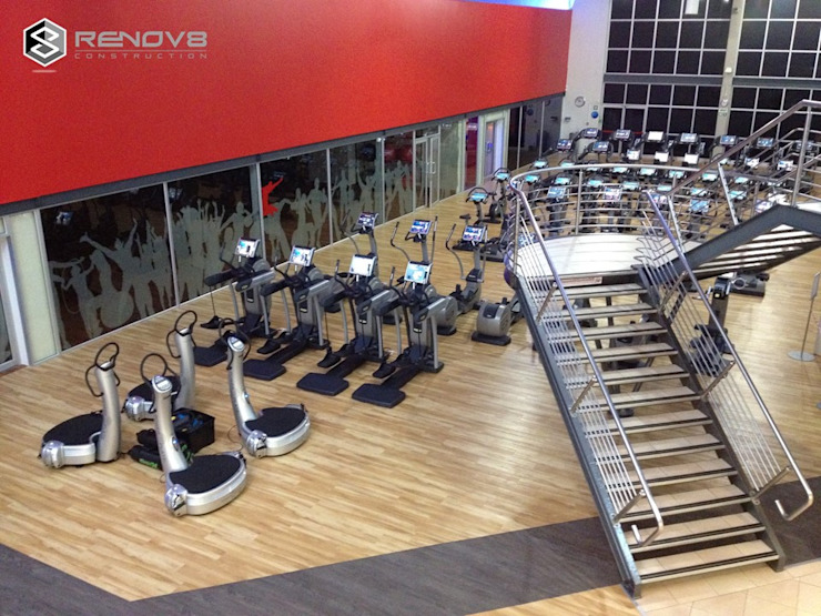 Training Area, Floor 2 Modern Gym by Renov8 CONSTRUCTION Modern