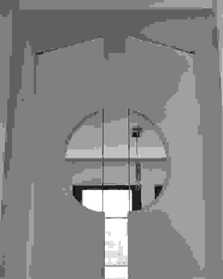 HBstudio Wooden doors Wood White