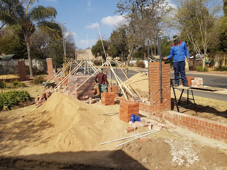 Boundary wall in Sunninghill Johannesburg by PTA Builders And Renovators