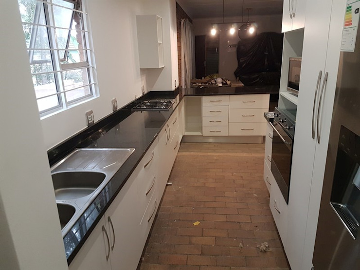 Kitchen renovation in Faerie Glen Pretoria East by PTA Builders And Renovators