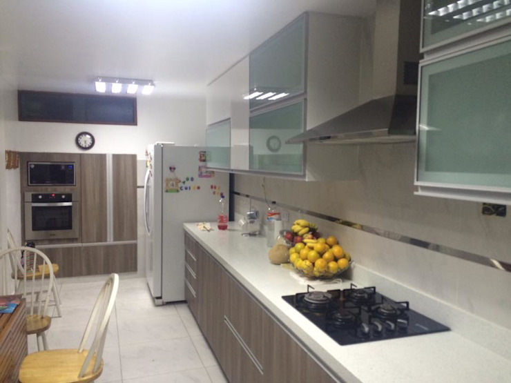 YR Solutions Modern style kitchen