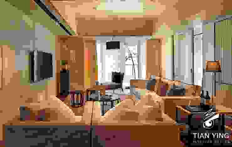 住宅空間設計-公共領域/客廳 现代客厅設計點子、靈感 & 圖片 根據 天英設計工程 現代風