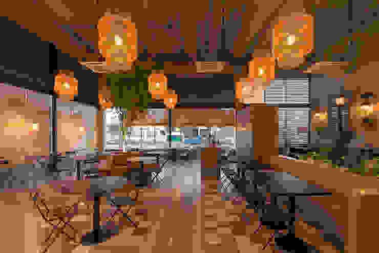Interior Gastronomía de estilo clásico de María Florencia Funes Clásico