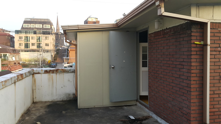 BLANK FACTORY: AAPA건축사사무소의 현대 ,모던