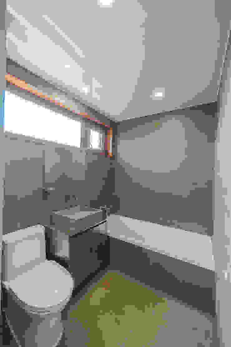 YEDAZEDA 모던스타일 욕실 by AAPA건축사사무소 모던