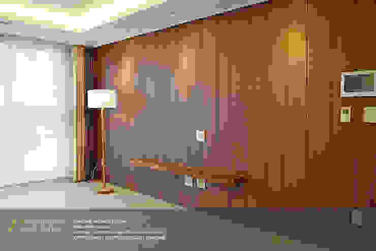 레미안 안양 메가트리아 33평 모던스타일 거실 by 리인홈인테리어디자인스튜디오 모던