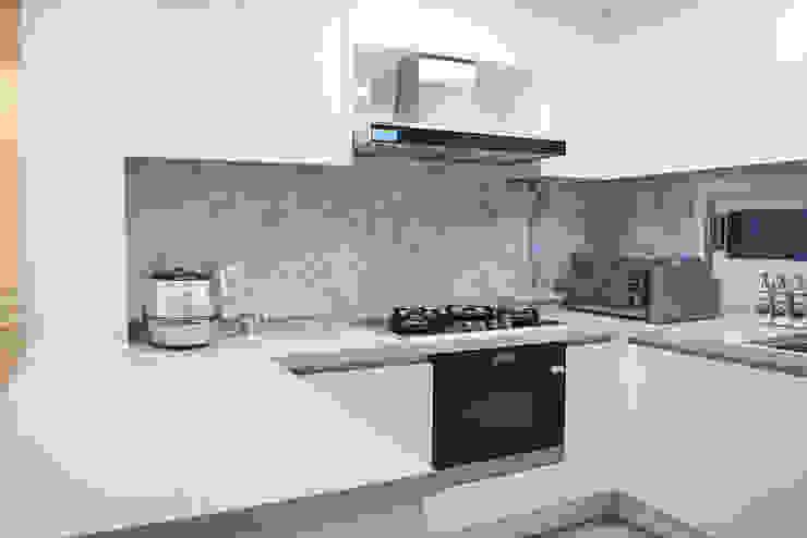 Modern style kitchen by 리인홈인테리어디자인스튜디오 Modern