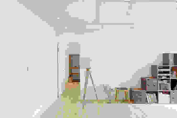 Livings de estilo minimalista de 文儀室內裝修設計有限公司 Minimalista