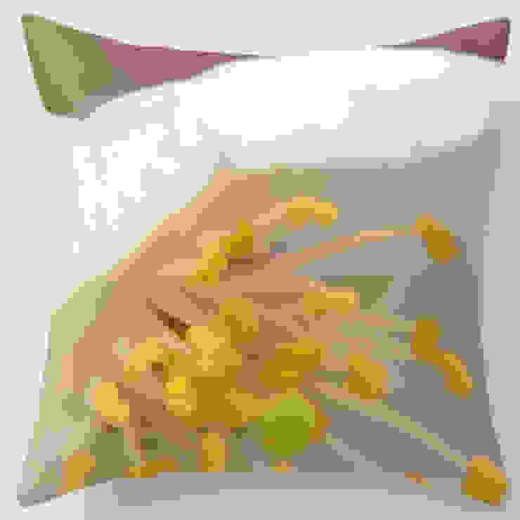 Pillow cover Spring Blossom 2: modern  door ilsephilips, Modern