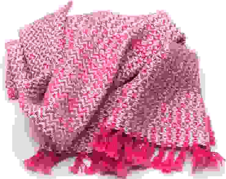 Handwoven towel Bjorkoby: modern  door ilsephilips, Modern