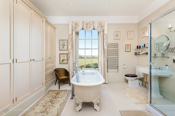 Residential Photography by Oliver Pohlmann Country style bathroom by Oliver Pohlmann Photography Country