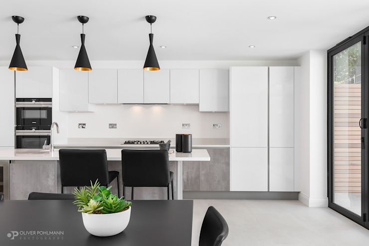 Residential Photography by Oliver Pohlmann by Oliver Pohlmann Photography Modern