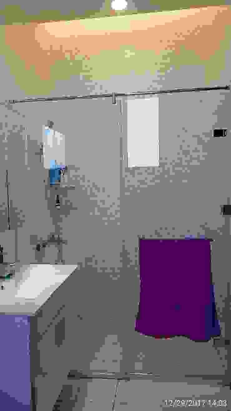 嘉義朴子T公館-自地自建/原地重建 現代浴室設計點子、靈感&圖片 根據 懷謙建設有限公司 現代風