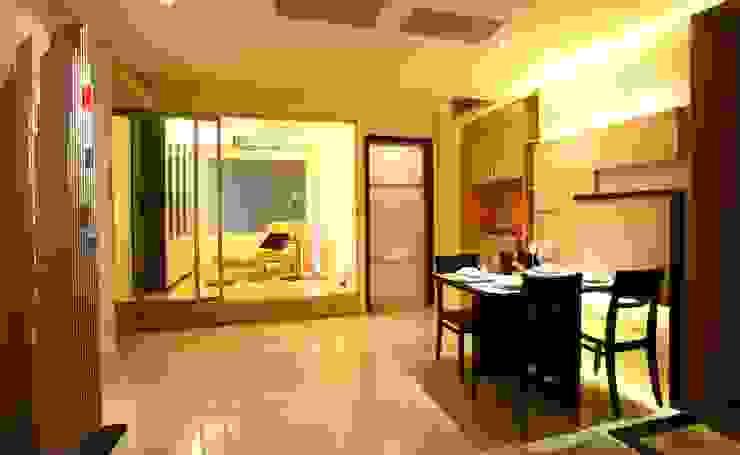 惠宇敦品-郭先生 现代客厅設計點子、靈感 & 圖片 根據 台中室內設計-築采設計 現代風