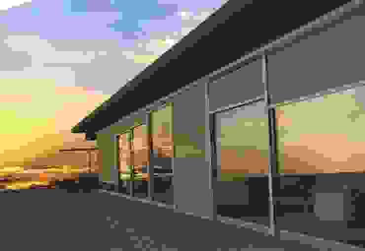 TOLDOS CLOT, S.L. Balconies, verandas & terraces Accessories & decoration