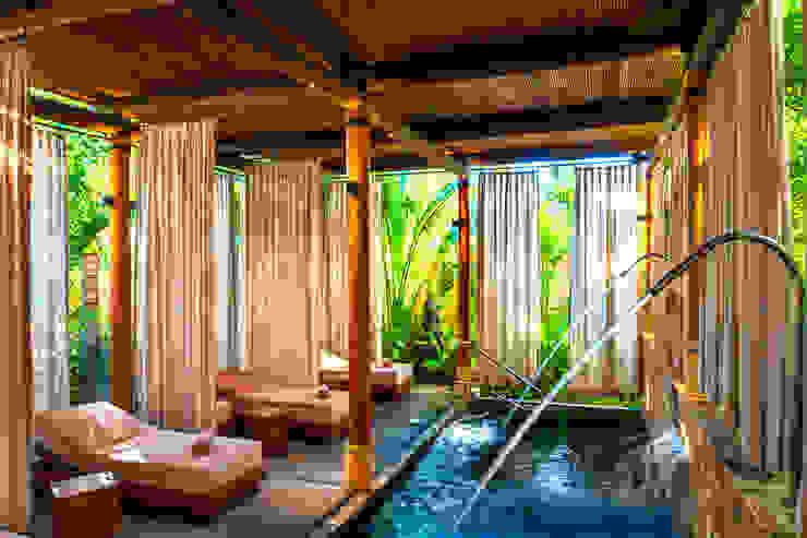 Hotel Tropis Oleh BR ARQUITECTOS Tropis Kayu Buatan Transparent