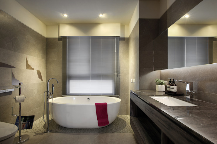 惠宇天青7b 現代浴室設計點子、靈感&圖片 根據 台中室內設計-築采設計 現代風