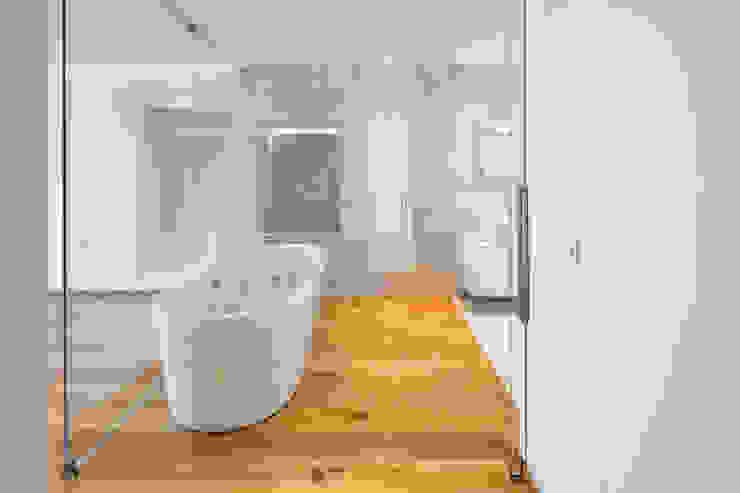 Modern bathroom by Hi-cam Portugal Modern