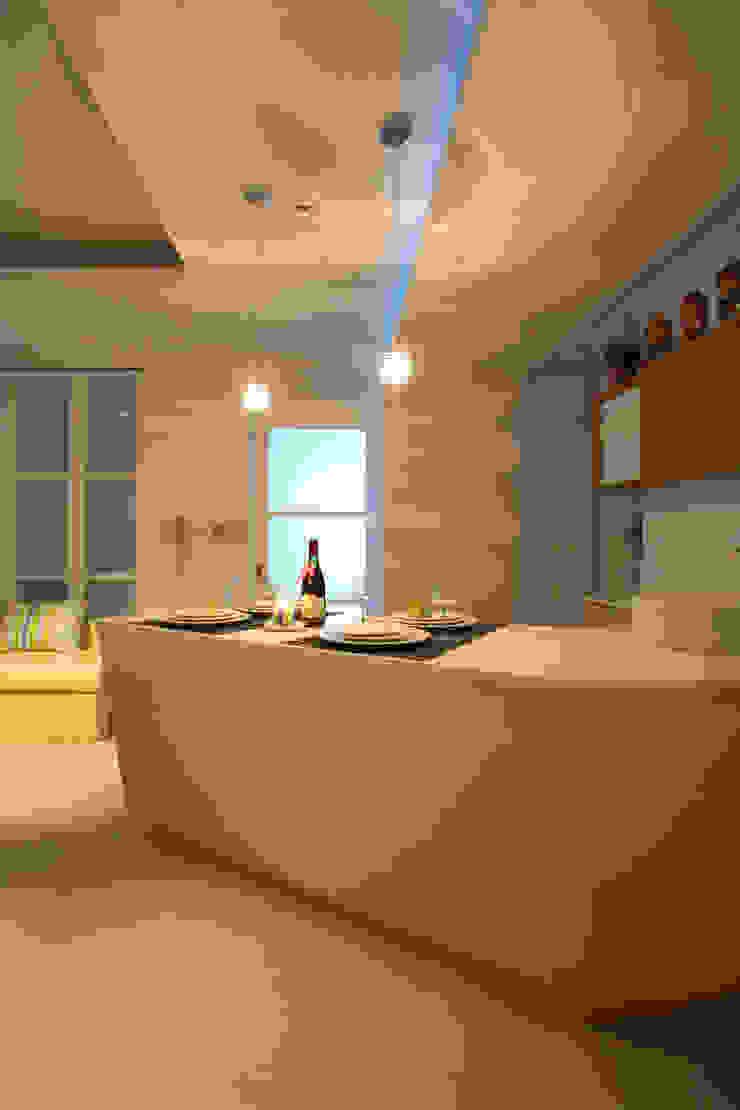 惠宇敦品張醫師-2: 現代  by 台中室內設計-築采設計 , 現代風
