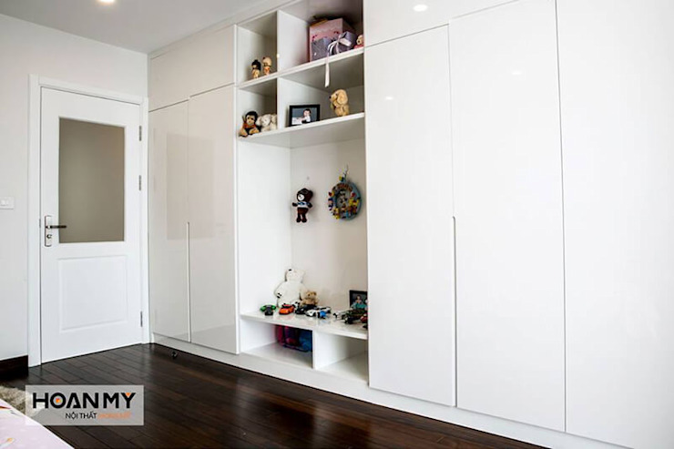 Phòng ngủ đẹp với tủ quần áo đa năng: hiện đại  by Thương hiệu Nội Thất Hoàn Mỹ, Hiện đại