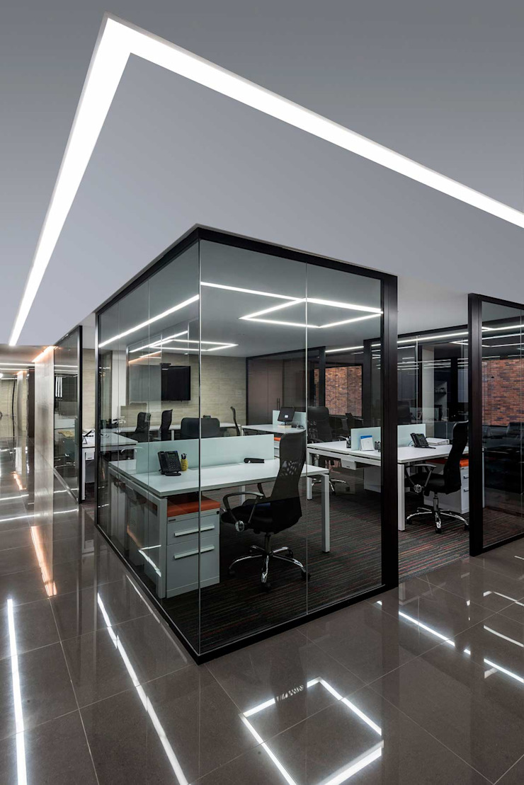 NOAH Proyectos SAS Modern Study Room and Home Office Glass Black