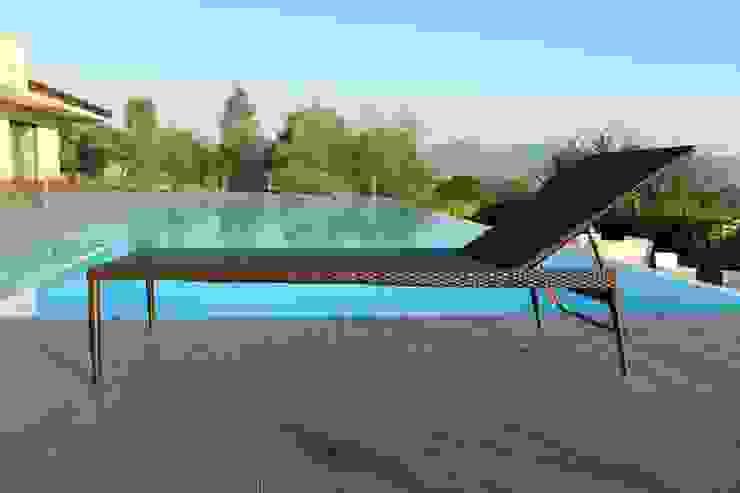 Stile a bordo piscina di Uniko Mediterraneo