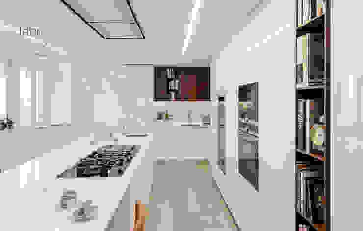 Cocinas de estilo  por FABRI
