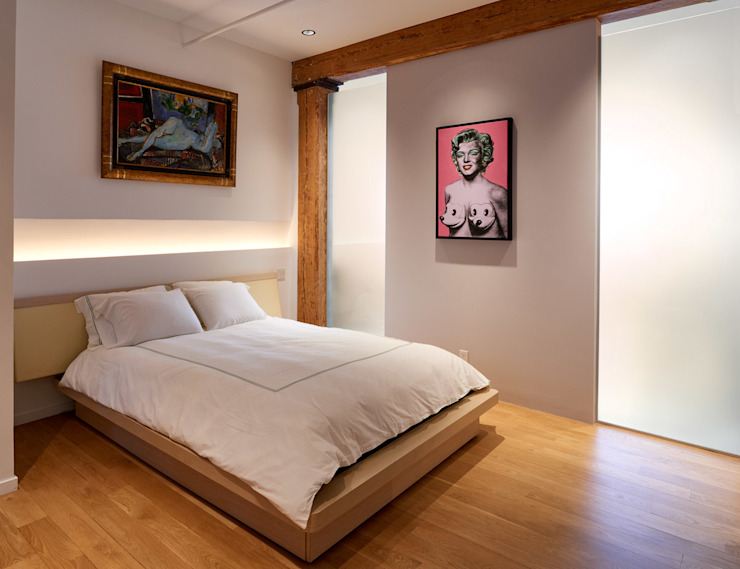 Soho Loft Modern Bedroom by KUBE Architecture Modern