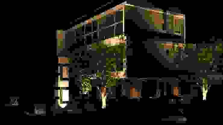 Intervención en exteriores de Edificio España ESTUDIO KULUMAK Condominios