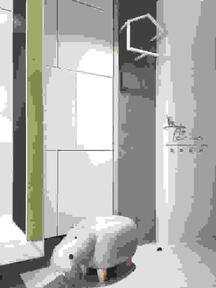 穿鞋區 斯堪的納維亞風格的走廊,走廊和樓梯 根據 鹿敘空間設計 北歐風