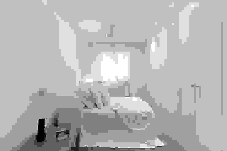 Moderne slaapkamers van Pancho R. Ochoa Interiorismo Modern Hout Hout
